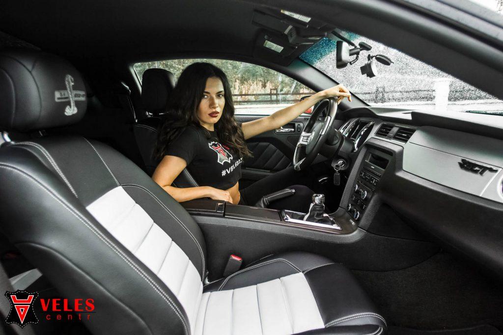Перешив салона MUSTANG GT в Москве