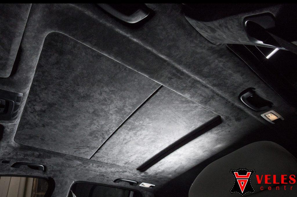 Перешив потолка BMW кожей Алькантара в Москве