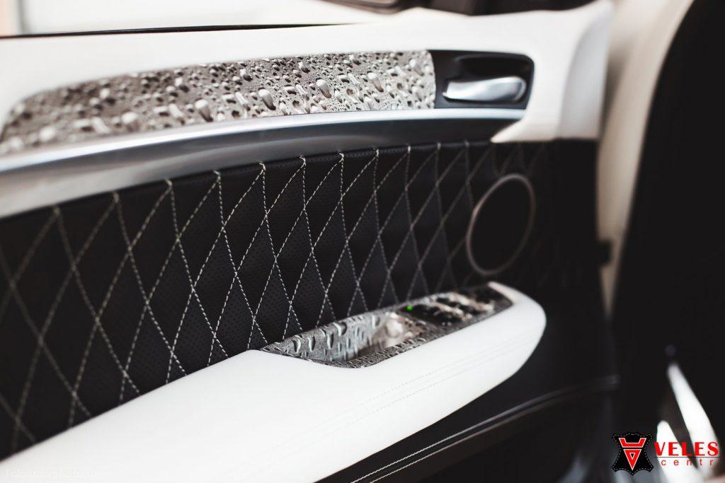 Перешив дверных карт для BMW X6M в Москве
