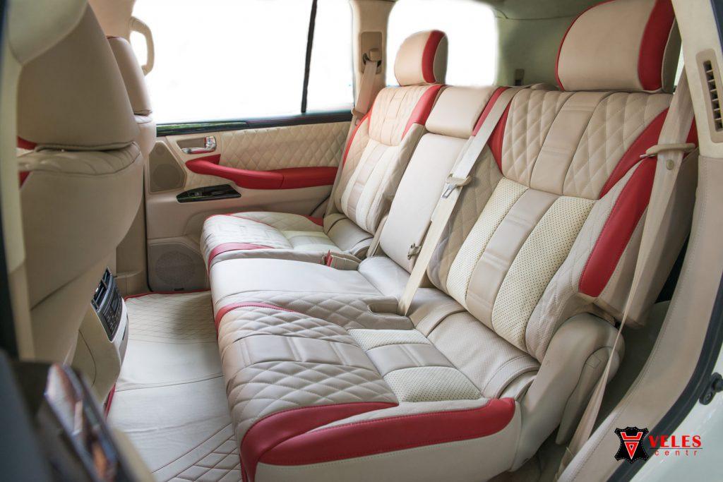 Перешив сидений в кожу для Lexus 570 в Москве
