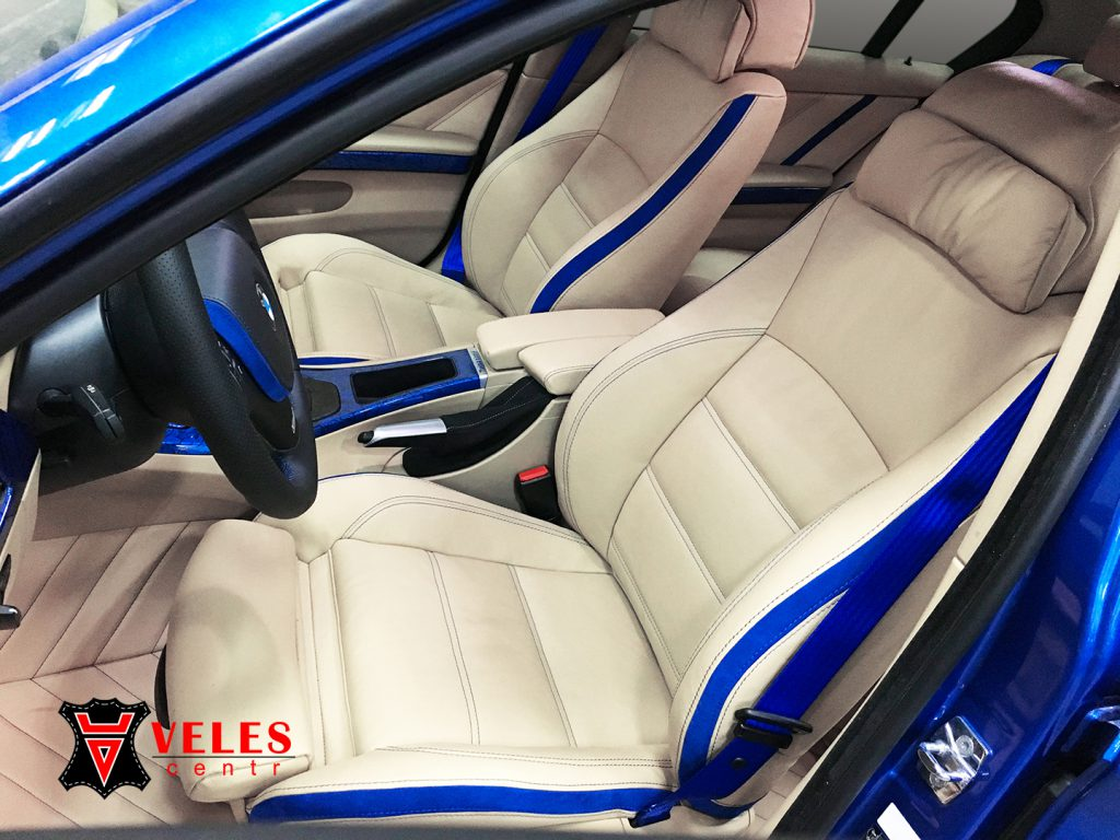Перешив сидений BMW в кожу и alcantara в Москве