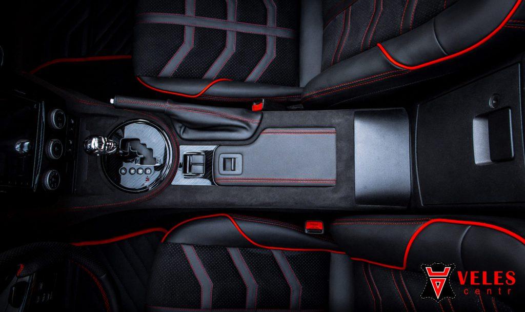 Перешив салона Mazda в Москве