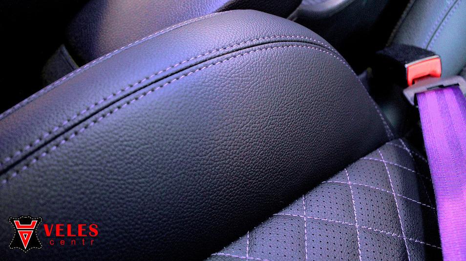 Перетяжка сидений в искусственную кожу для Opel в Москве