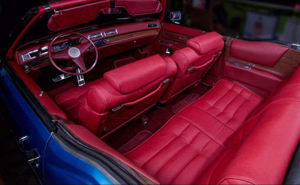 Перешив и восстановление сидений Cadillac 1974 года