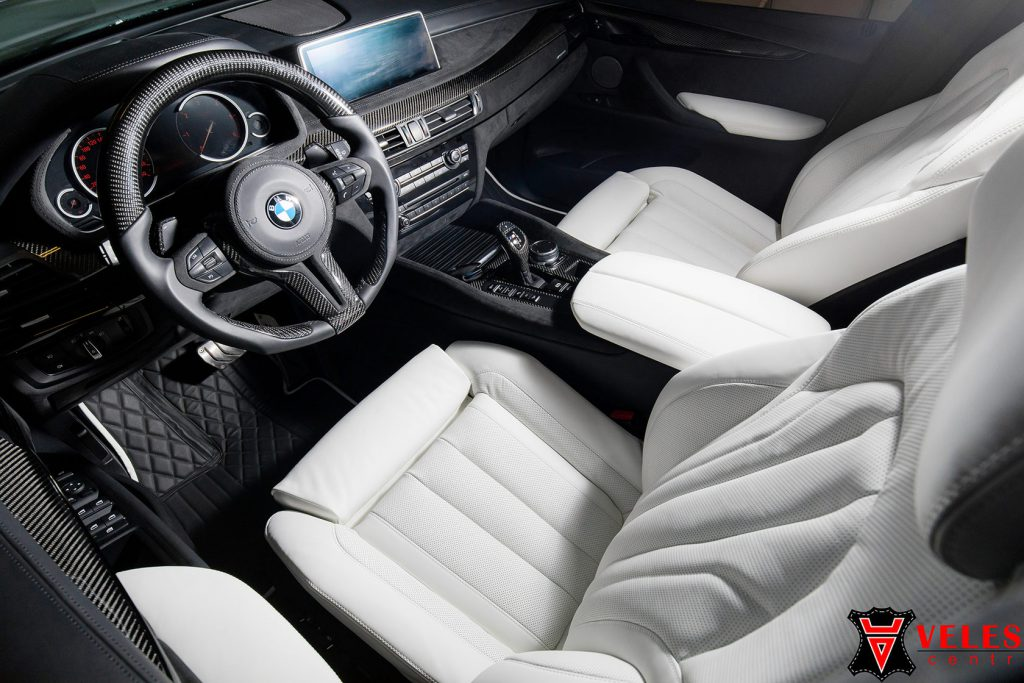 перетяжка салона BMW в белую натуральную кожу