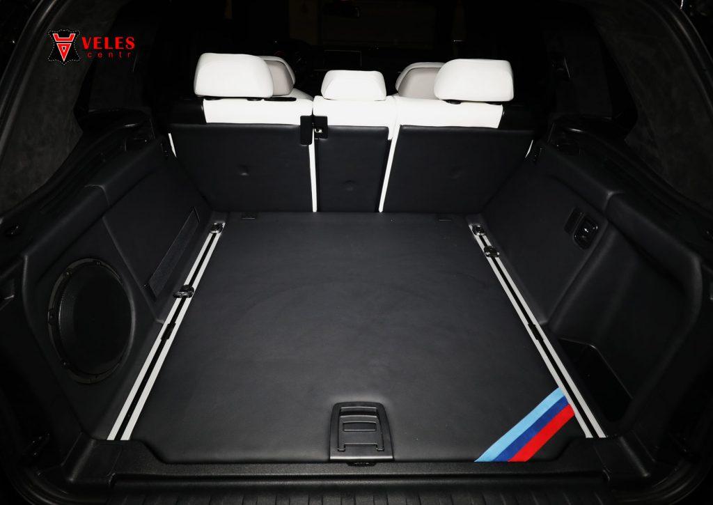 перешив багажника авто BMW