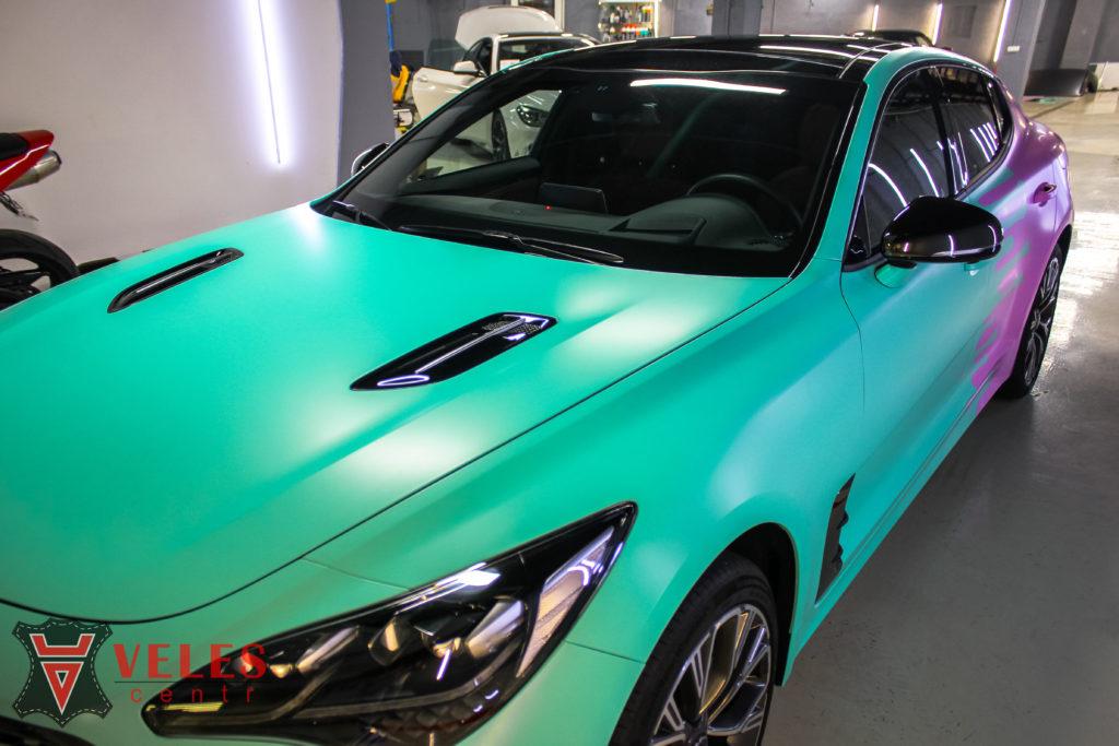 оклейка цветной пленкой  машины