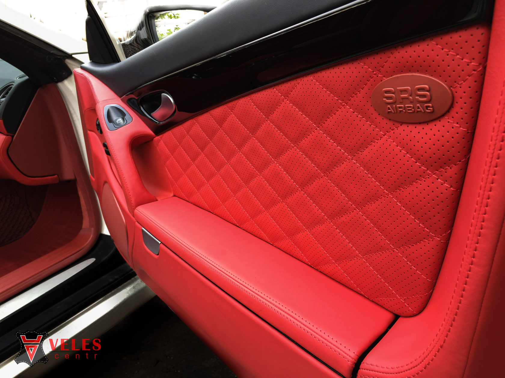 перетяжка двери Mercedes SL