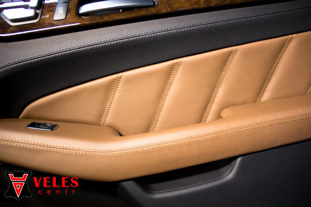 перешив дверных карт AMG mercedes в натуральную кожу