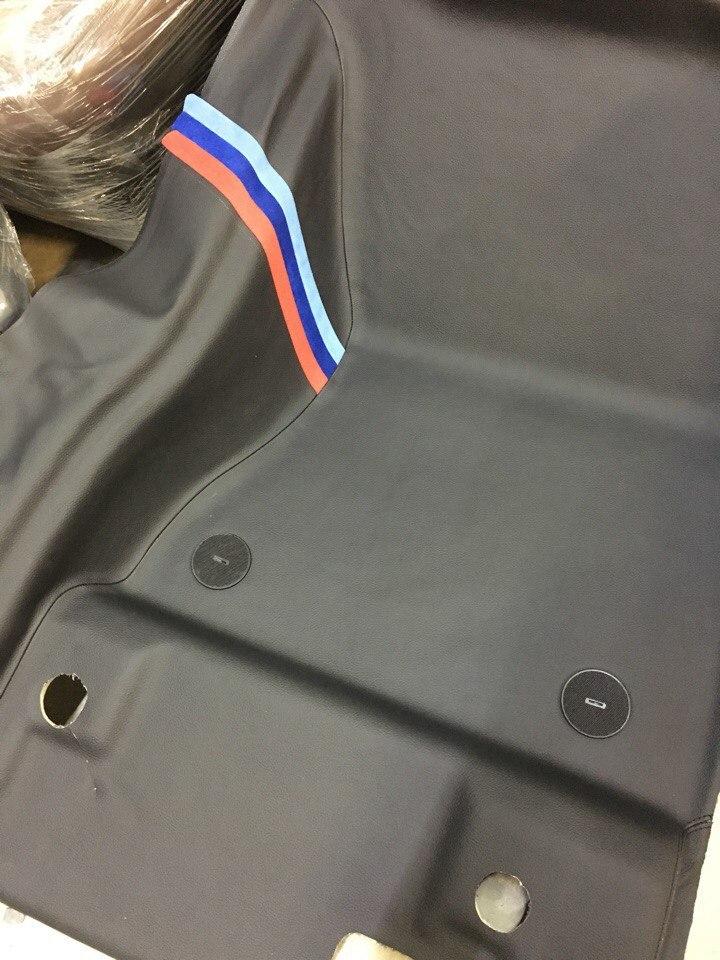 укладка пола BMW из искусственной кожи