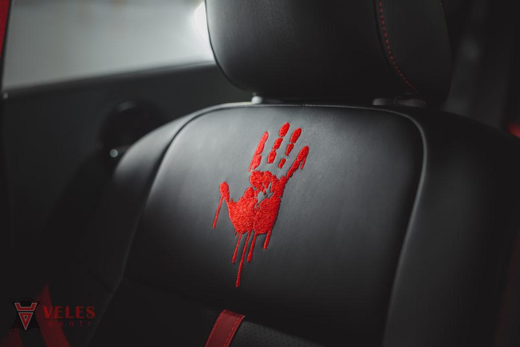 вышивки на подголовники на сидение в авто