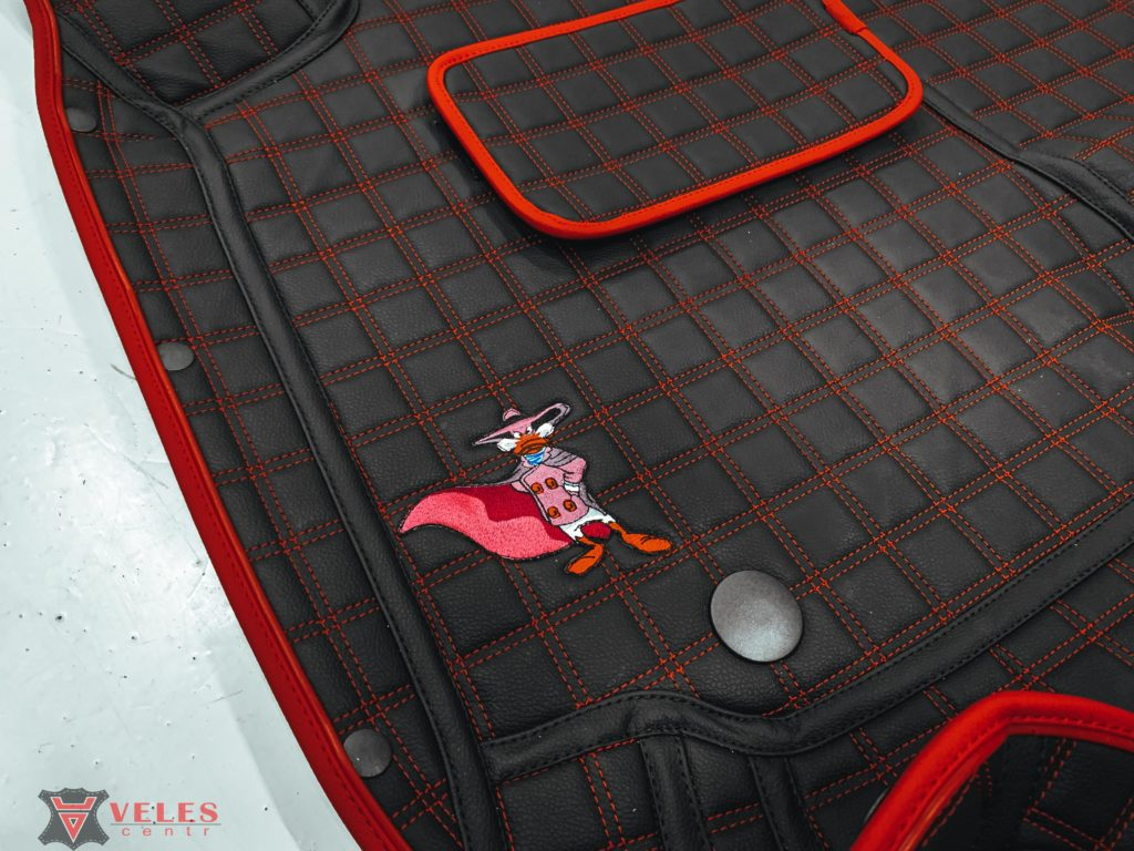 3д коврики в машину velescentr