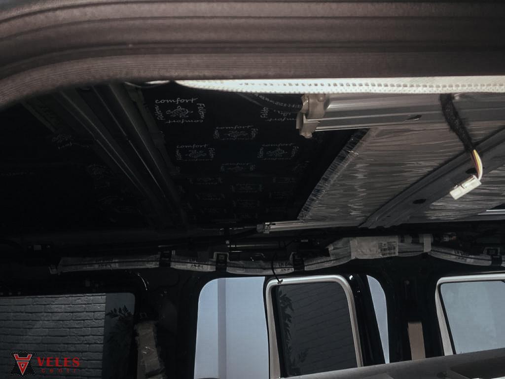 лучшая шумоизоляция  потолка автомобиля