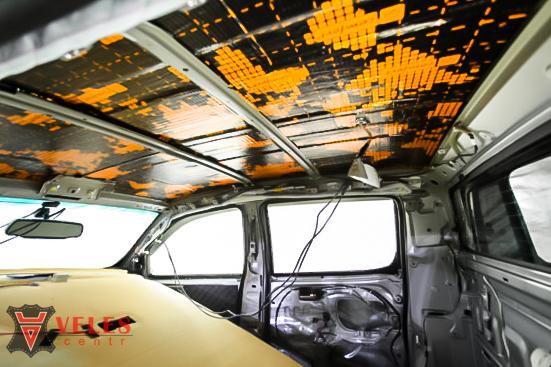 Шумоизоляция потолка авто